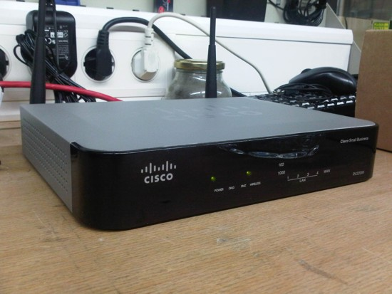 Cisco Small Business RV220W